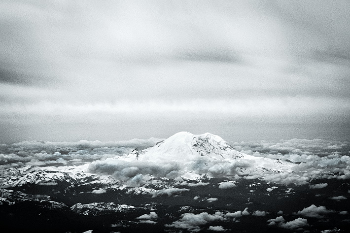 Mount Rainier from aeroplane